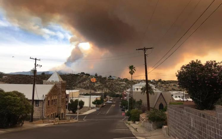 Photo of Telegraph Fire above G-Hill